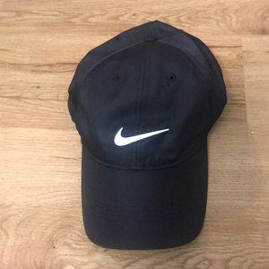 Nike cap men's